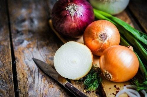 Las propiedades y beneficios más importantes de la cebolla