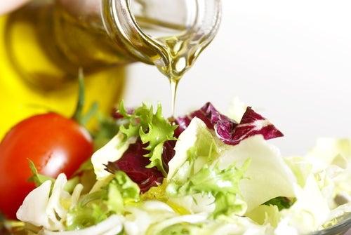 10 ingredientes sustitutos para una cocina más ligera