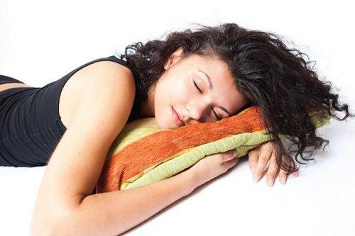 ¿Cuántas horas deberíamos dormir?