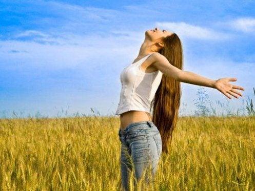 Rebirthing: ¿Qué es y cómo ayuda a fortalecer nuestros pensamientos?