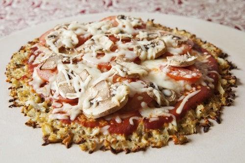 Pizza con corteza de coliflor