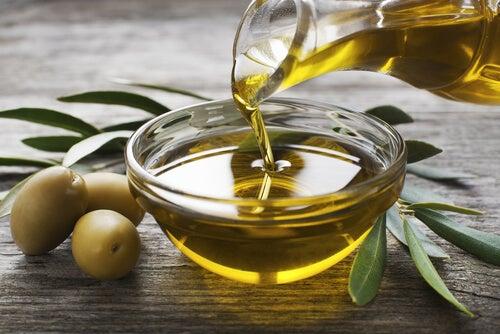 5 usos estéticos del aceite de oliva que seguramente no conocías