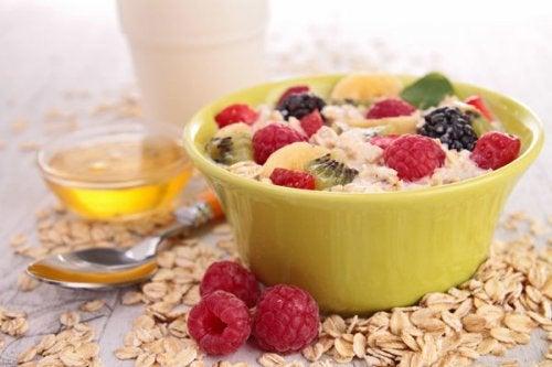 5 consejos para reducir el colesterol en tu desayuno
