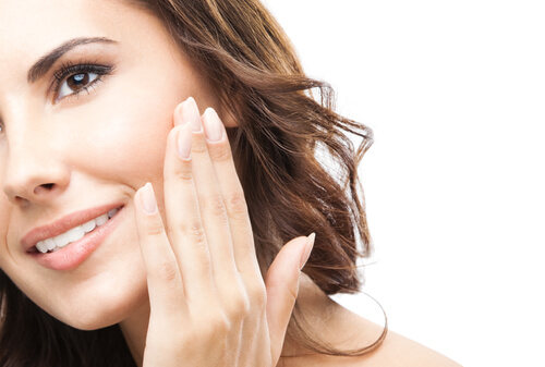 7 tips para revitalizar el rostro en cuestión de minutos