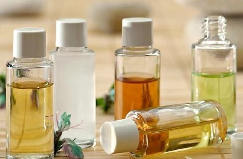 Limpia tu rostro con aceites naturales