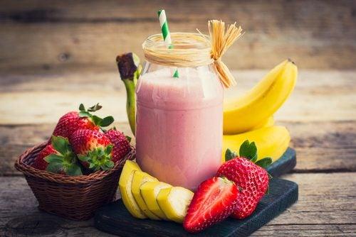 Perder peso es más fácil de lo que crees con estos 5 batidos de frutas