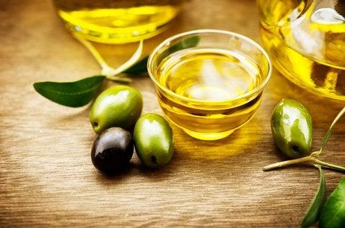 Usos del aceite de oliva virgen extra para cuidar la salud