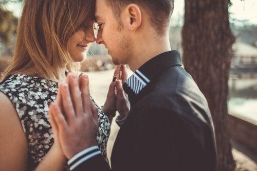 El amor de pareja alivia dolores