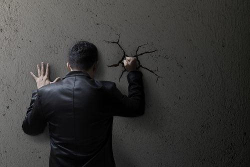 Reprimir las emociones aumenta la ansiedad