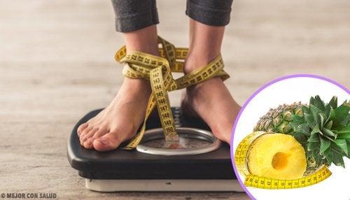 Método para bajar de peso cada día con cáscara de piña