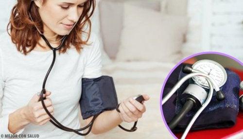 ¿Por qué mantener la presión arterial baja previene el fallo cardíaco?