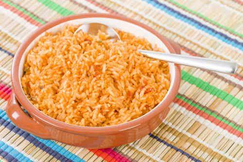 8 increíbles beneficios del arroz rojo