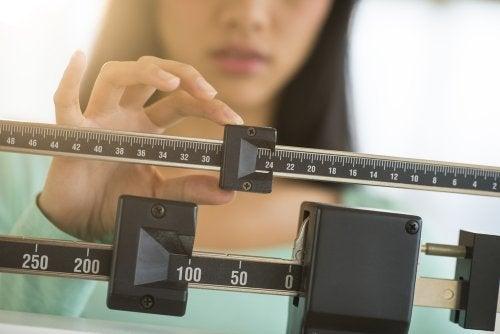 6 problemas con el exceso de peso que no guardan relación alguna con la comida rápida ni la pereza