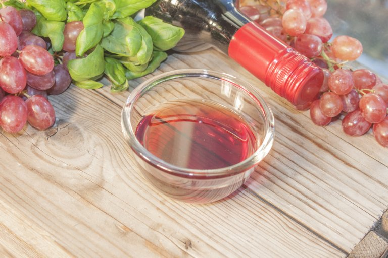 ¿Cuál es el vino adecuado para acompañar tus comidas?