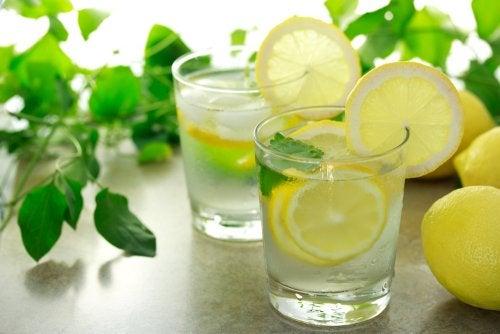 5 aportes del jugo de limón para nuestra salud