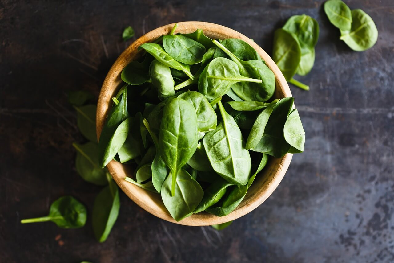 Ingredientes para una ensalada detox