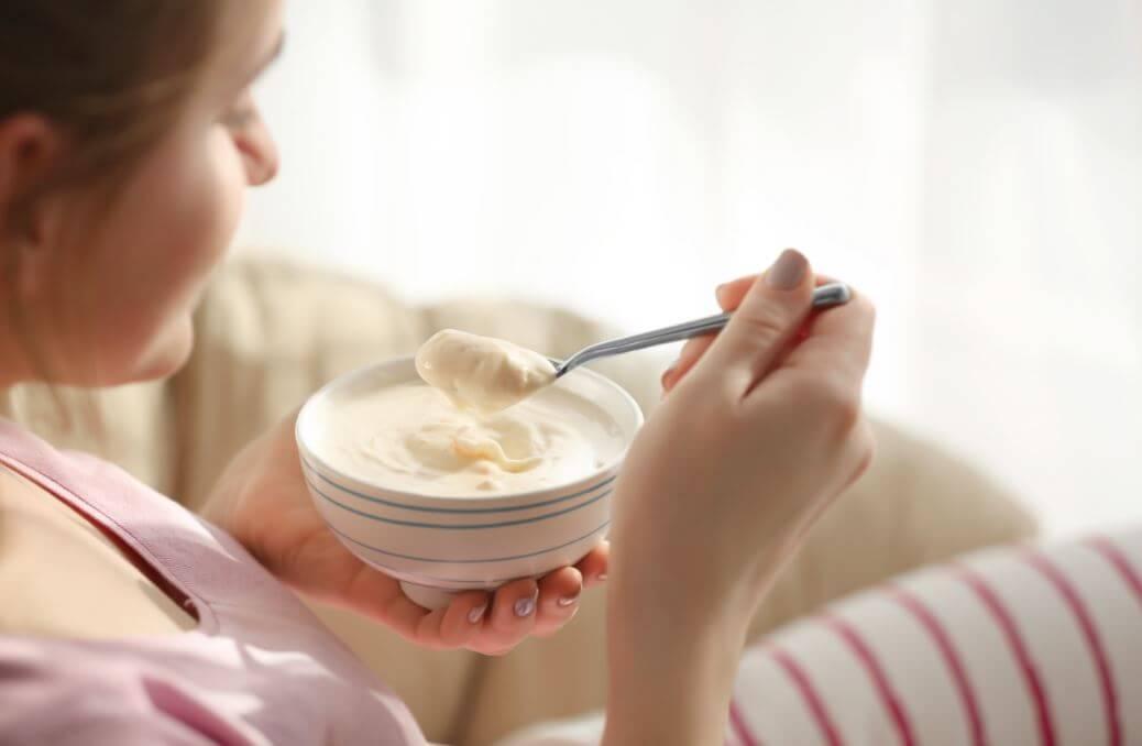 Comer yogur griego es bueno para aumentar la masa muscular.