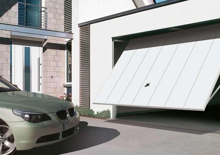 Puertas de garaje modernas para proteger tu casa