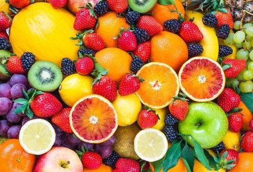 Conoce las frutas que te ayudarán a bajar de peso en menor tiempo
