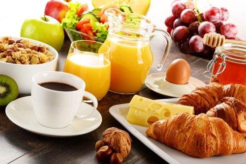 11 cosas recomendables para comer durante la lactancia