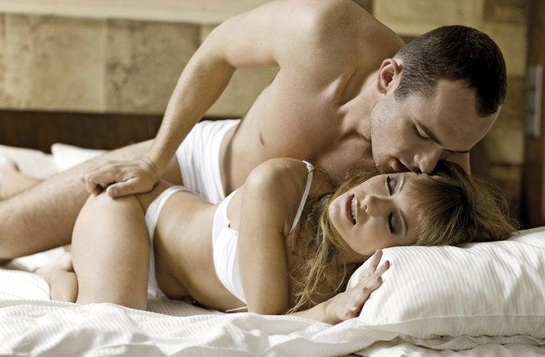 Mitos y verdades sobre el sexo anal