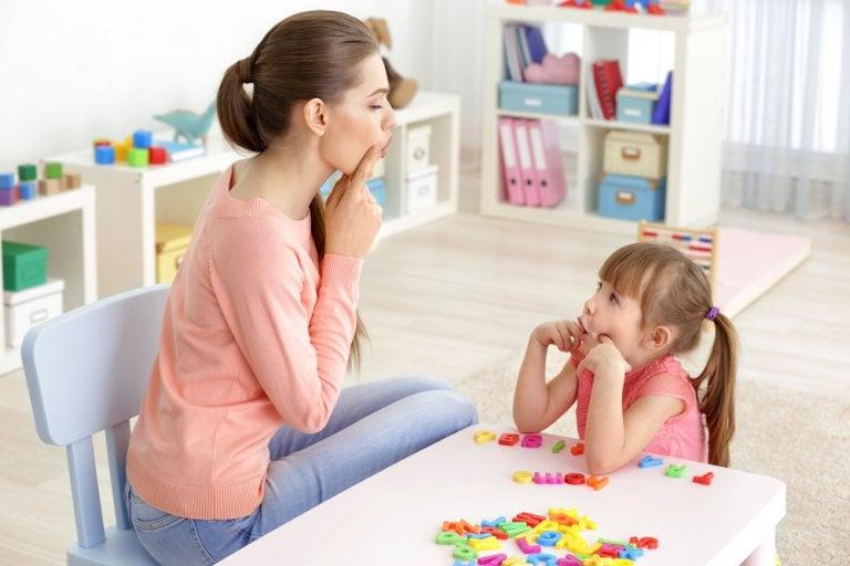 6 ejercicios para ayudar a los niños con problemas de lenguaje