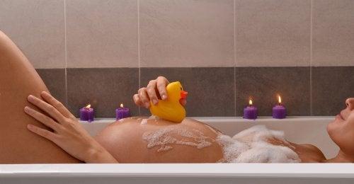 8 remedios naturales que ayudan a adelantar el parto