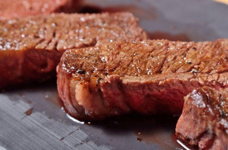 Cómo preparar carne sin perder todos sus jugos