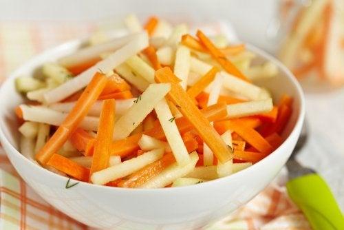 Cinco recetas de ensaladas detox para limpiar el colon