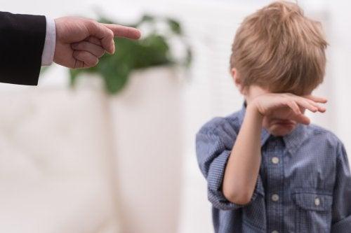 5 errores a la hora de castigar a los niños