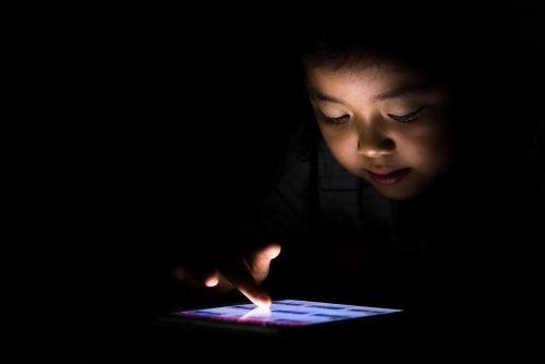 El uso precoz de la tecnología: mi hijo es adicto a la tablet