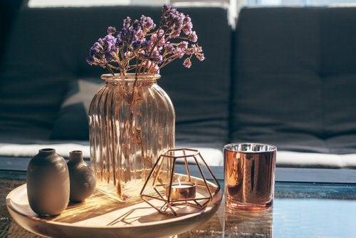 ¿Cómo hacer tus propios jarrones para decorar?