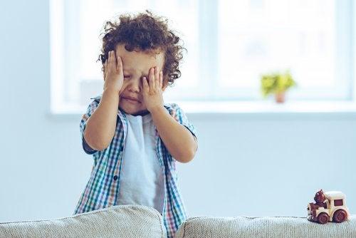 Ayudar a un niño a afrontar la muerte de un familiar