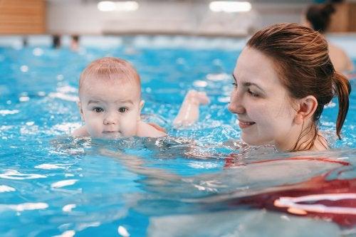 La hidroterapia para bebés: ayuda en su desarrollo