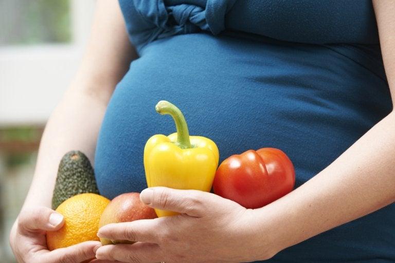 6 beneficios de consumir aguacate en el embarazo