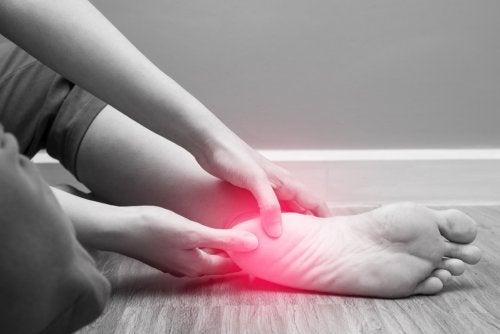 ¿Cómo influye la alimentación en el control de la artritis?