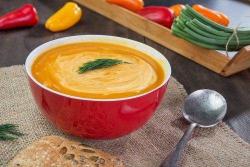 Crema de calabaza al eneldo: deliciosa receta vegana
