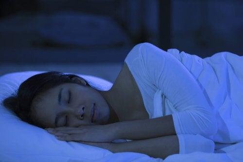 6 consejos que te ayudarán a tener un sueño reparador después de un día de trabajo