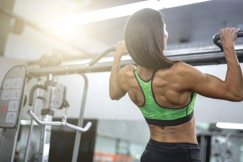 Los mejores ejercicios para ganar músculo y fuerza