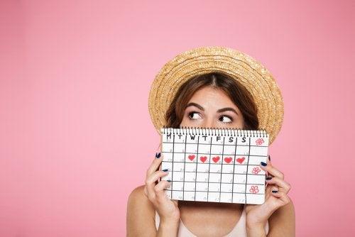 ¿Tienes periodos menstruales irregulares? Práctica estos 7 hábitos