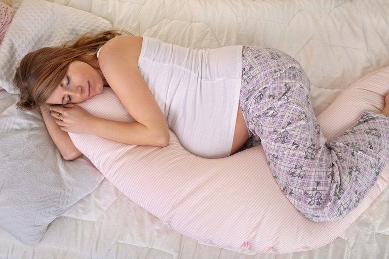 ¿Cómo combatir el cansancio en el embarazo?