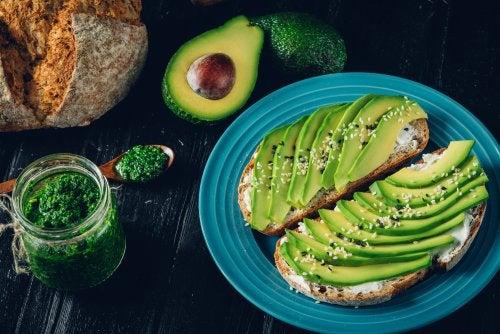 Alimentos con aceites naturales que puedes consumir durante la dieta