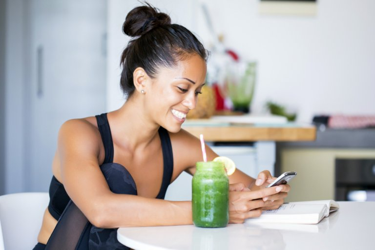 5 jugos para reducir centímetros de tu cintura