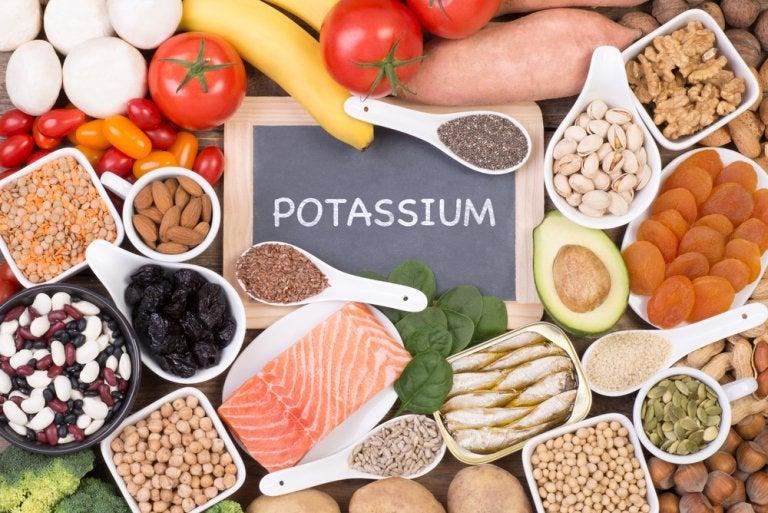 ¿Cuál es la importancia del potasio para el organismo?