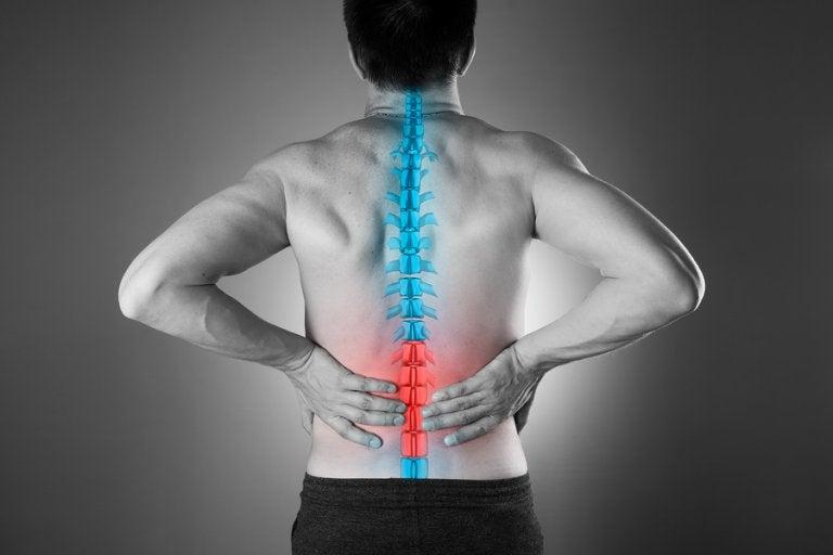 4 maneras naturales de calmar el dolor lumbar