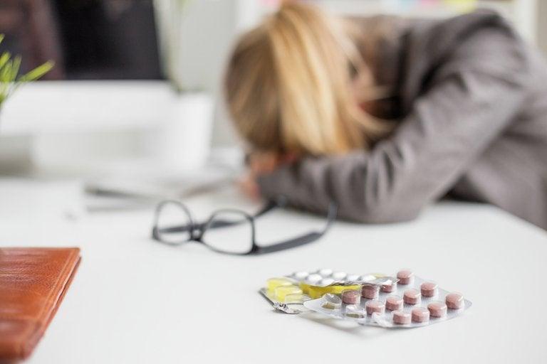 ¿Tienes migrañas constantes? Posibles causas y soluciones
