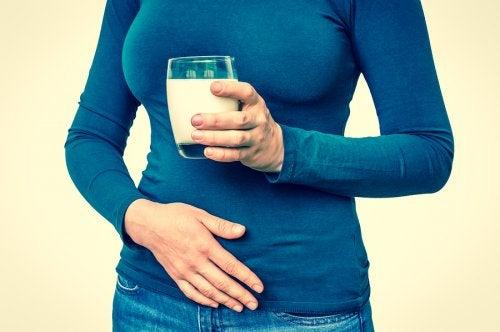 Intolerancia a la lactosa: qué es y cómo superarla con la dieta