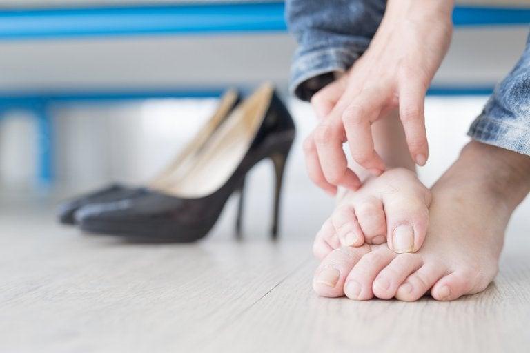 Cómo detener la micosis en los pies: 6 remedios caseros