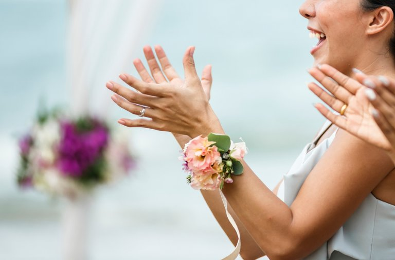 Cómo elegir un look ideal para una boda