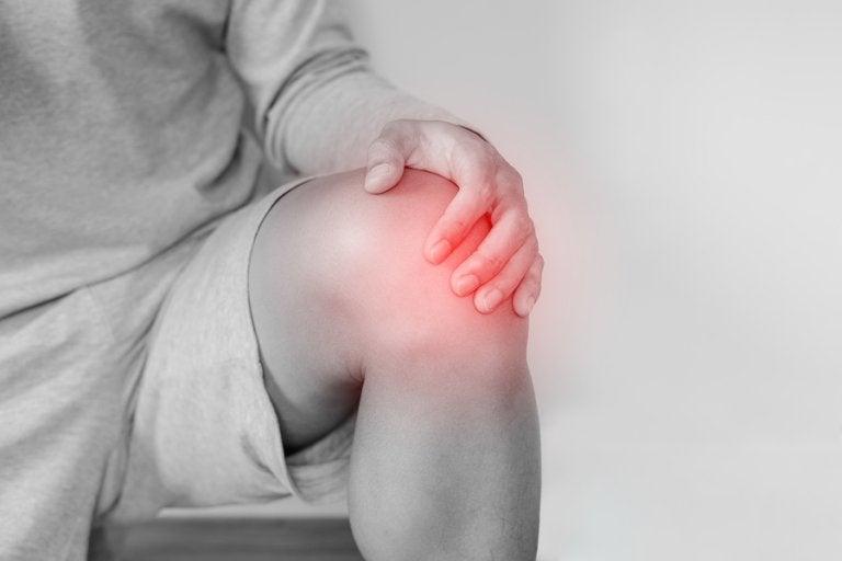 Luxación de rodilla: causas, tratamiento y rehabilitación